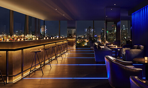 contemporary cocktail lounge
